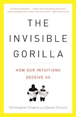 Paperback cover of The Invisible Gorilla